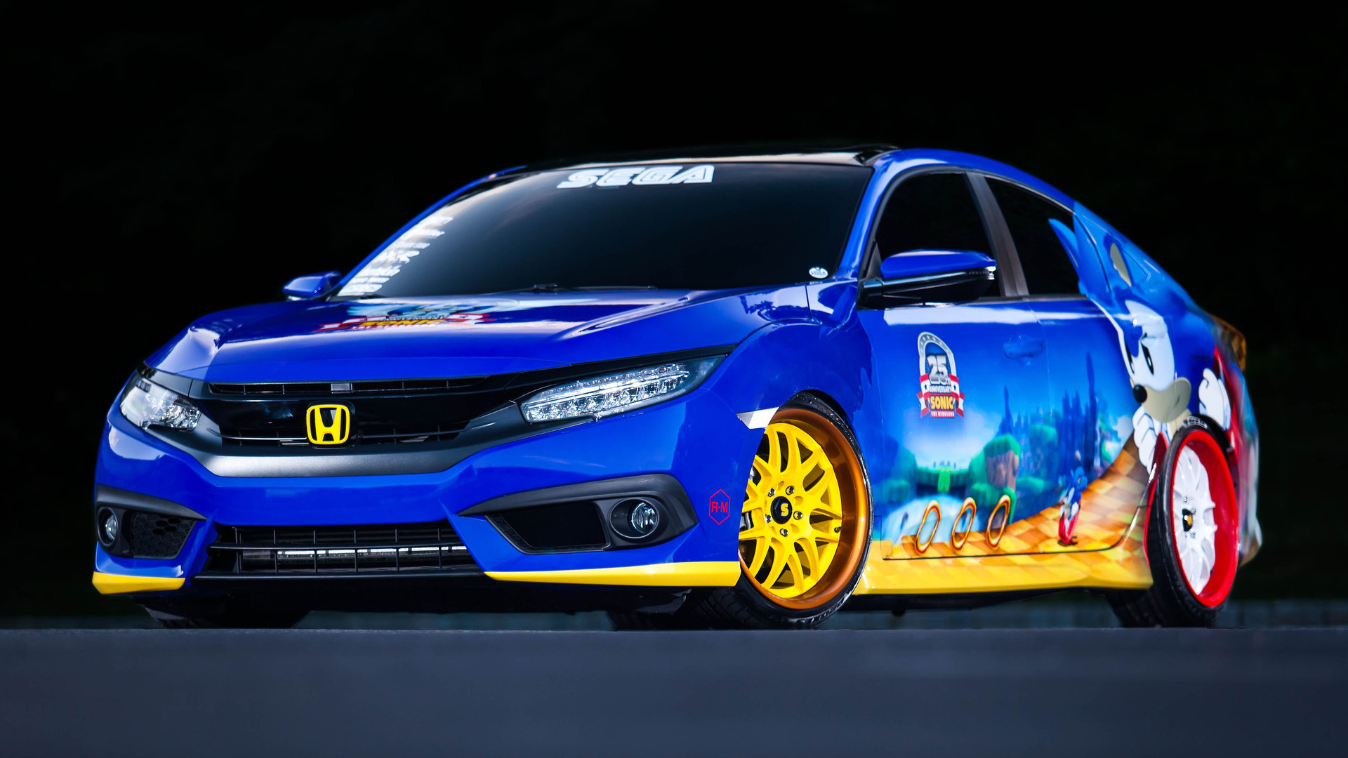 Honda Civic Goes Sonic The Hedgehog For Comic Con