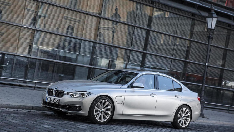 BMW 330e plug-in hybrid detailed prior to Frankfurt debut