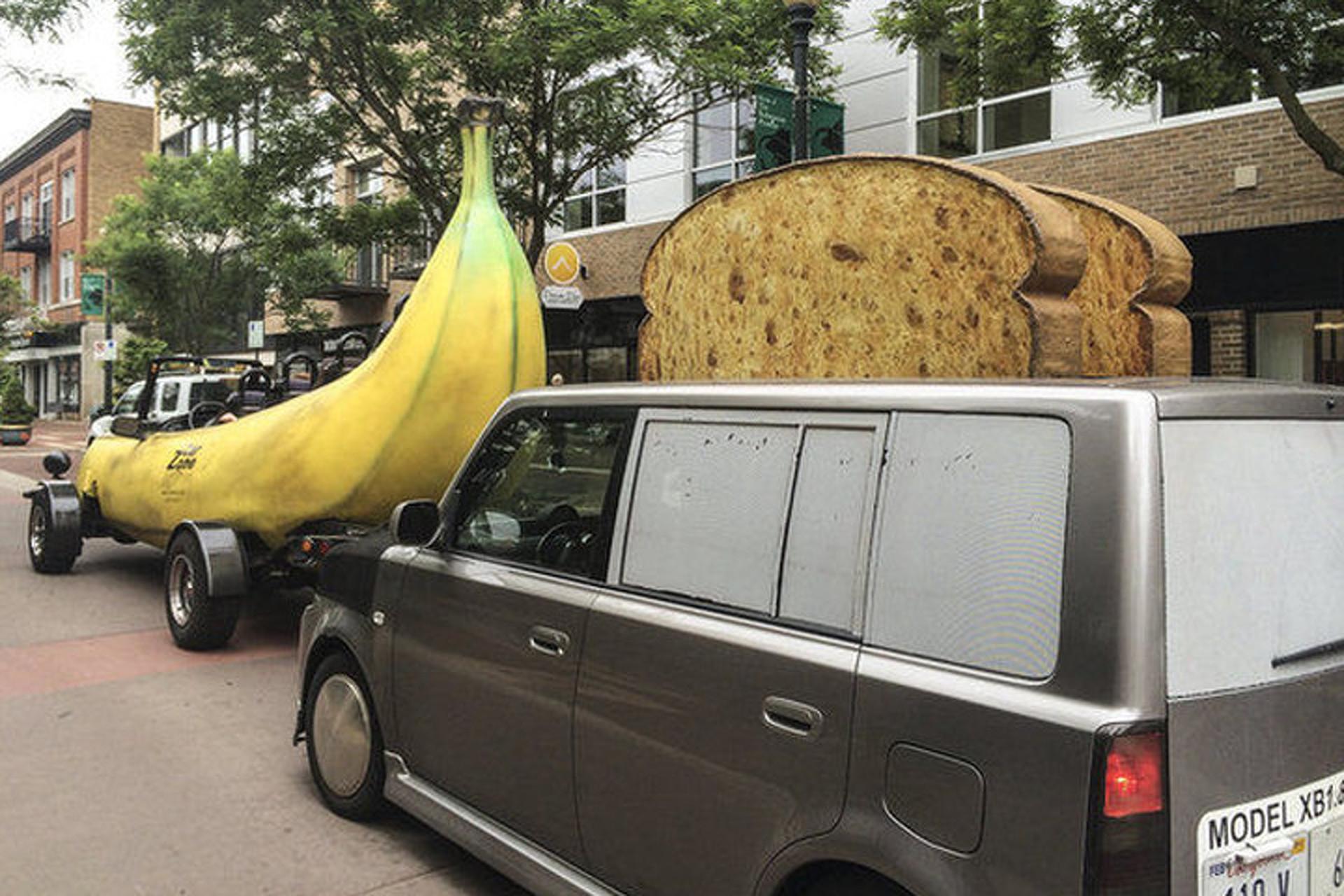 Giant Banana Car Meets Giant Toaster Car in Kalamazoo, MI
