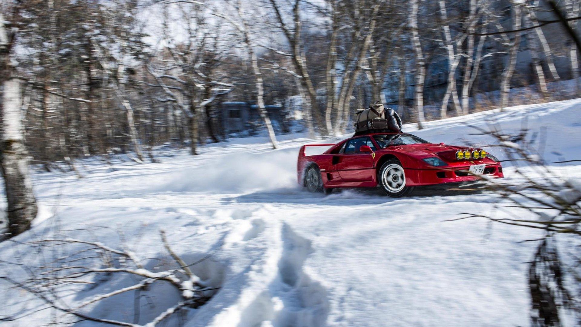Ferrari F40 tackles a ski slope