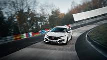 5. Honda Civic Type R: 2.0L turbo I4, 320 beygir