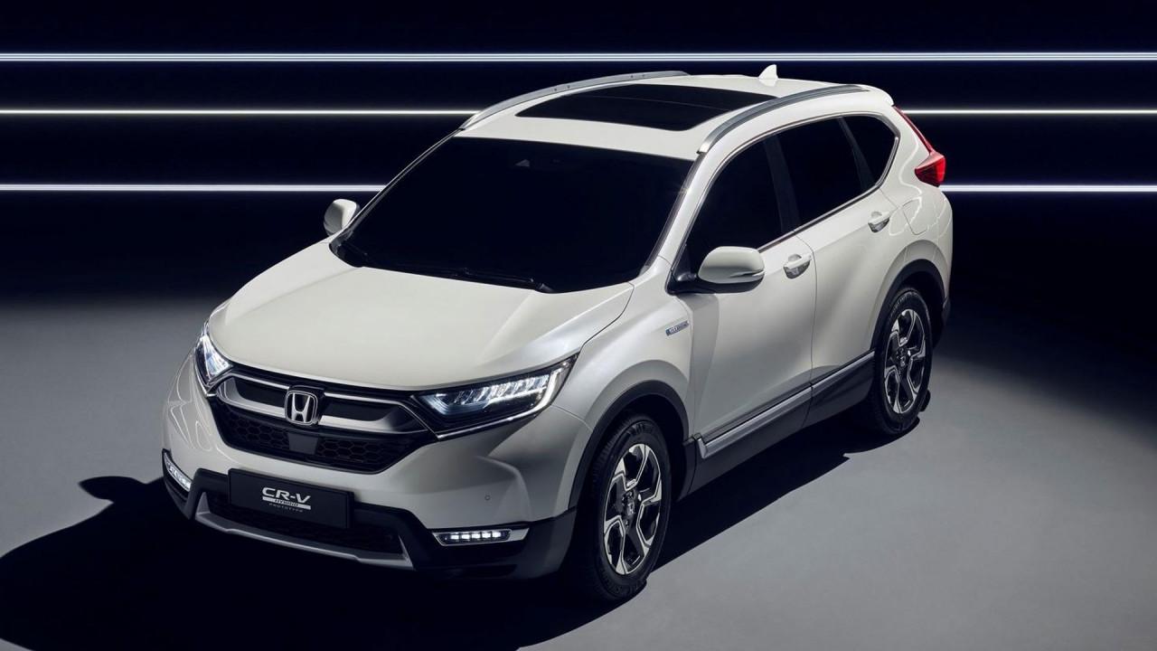 [Copertina] - Nuova Honda CR-V, l'anticipazione è ibrida