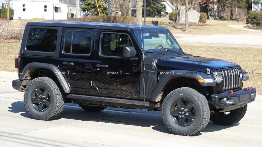 Jeep Wrangler PHEV photos espion