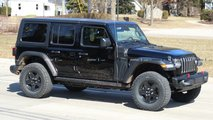 Jeep Wrangler PHEV Spy Photos