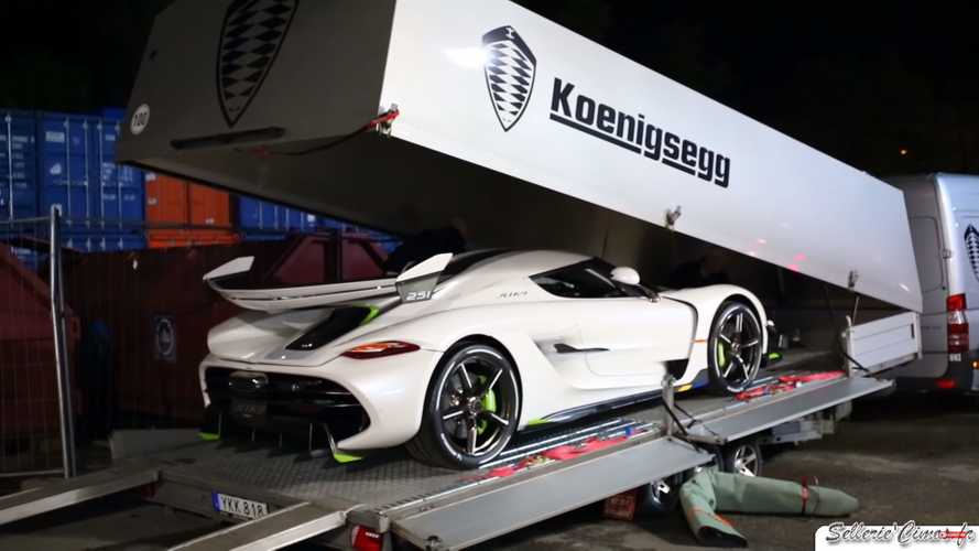 Koenigsegg Jesko filmed while leaving the Geneva Motor Show