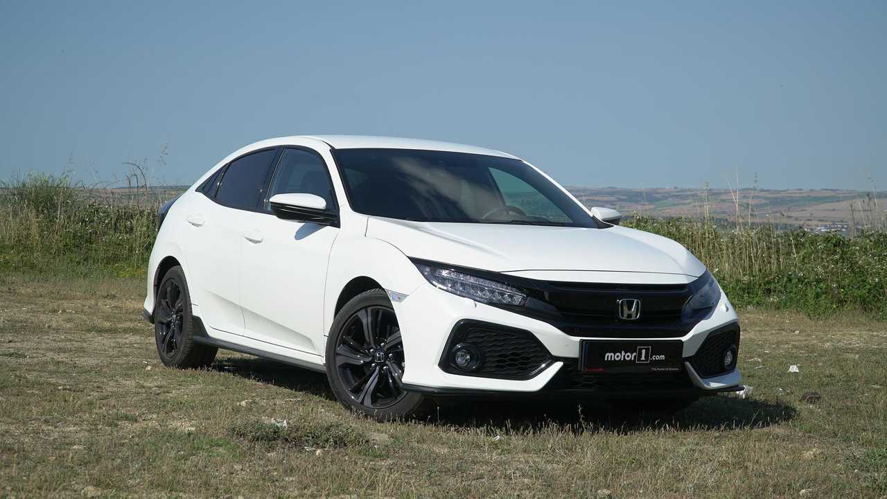3. Honda Civic Hatchback (420 Litre)
