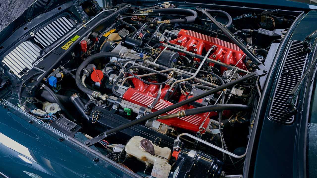 Arden Tastefully Modernizes The Jaguar Xj12