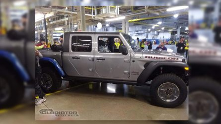 First Production 2020 Jeep Gladiator Rolls Off The Assembly Line