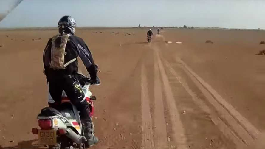 Tackling Paris-Dakar Saharan Stage On Classic ADV