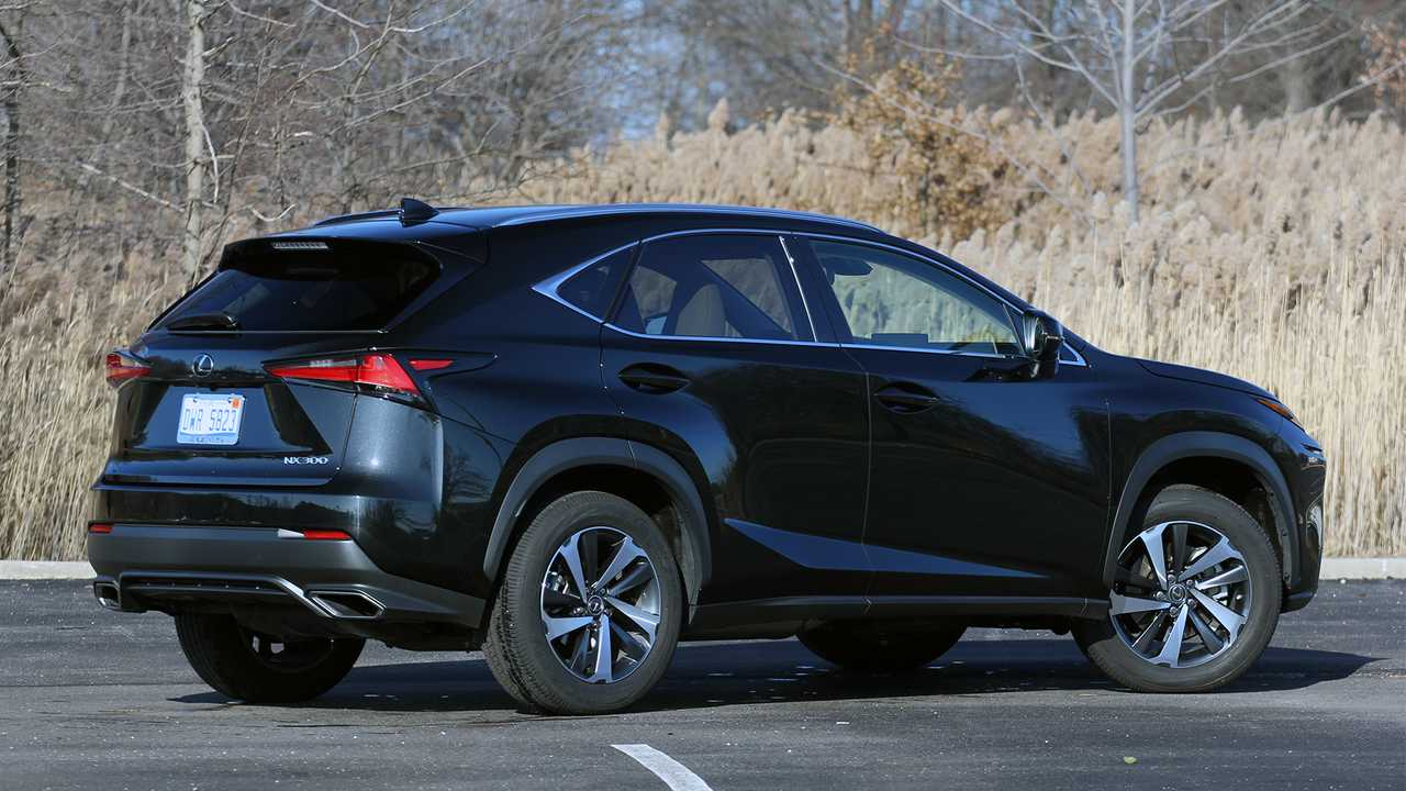2019 Lexus NX200t Review