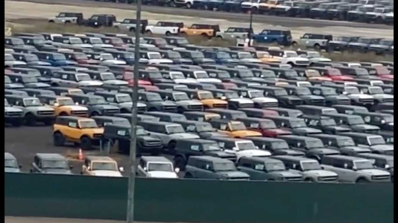 Ford Bronco Park Alanı