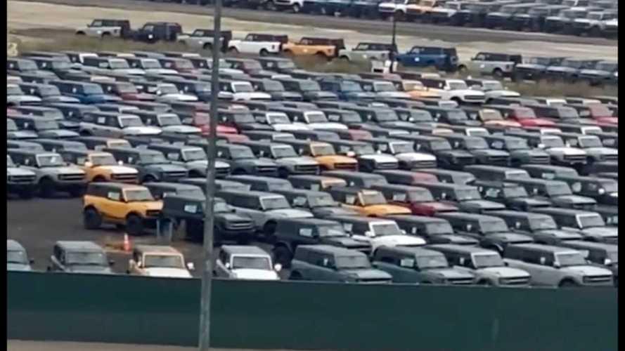 Binlerce Ford Bronco, kalite kontrol sırasını beklerken görüntülendi