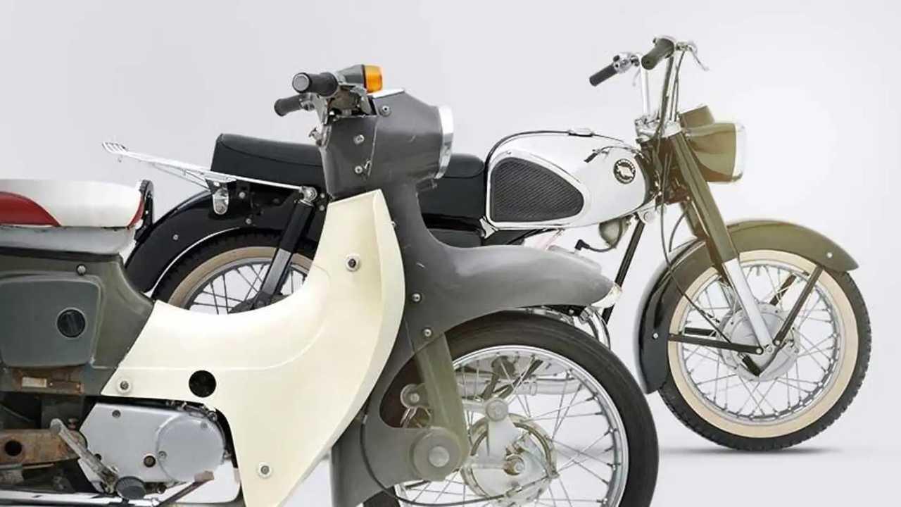 Sepeda motor klasik produksi Kawasaki.