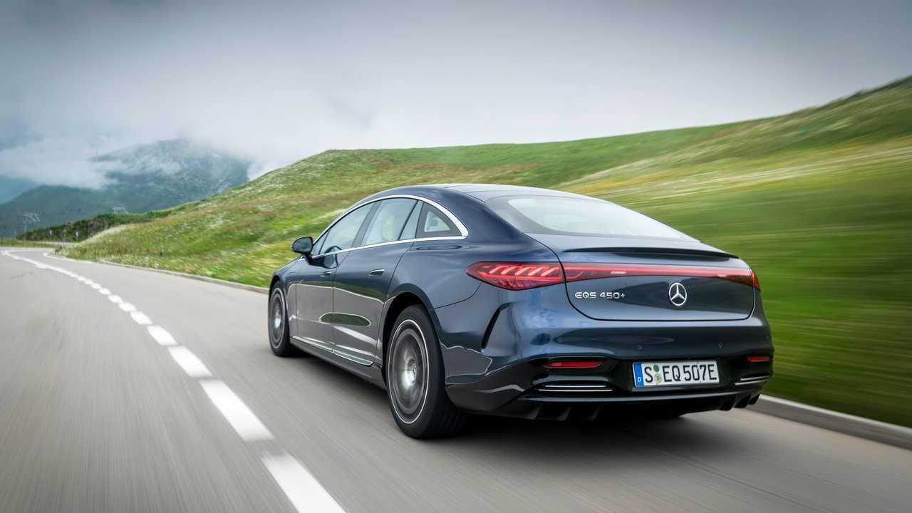 2022 Mercedes-Benz EQS 450+ Exterior Rear Quarter