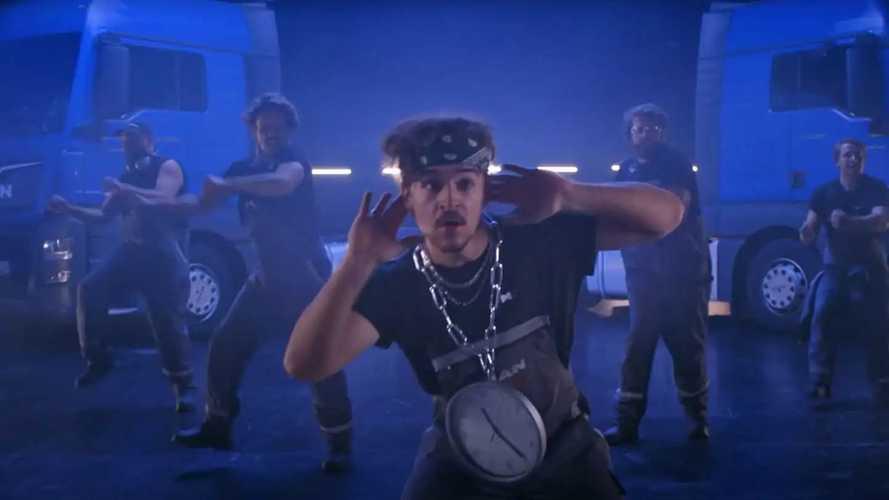 MAN ha i Backstreet Boys in officina