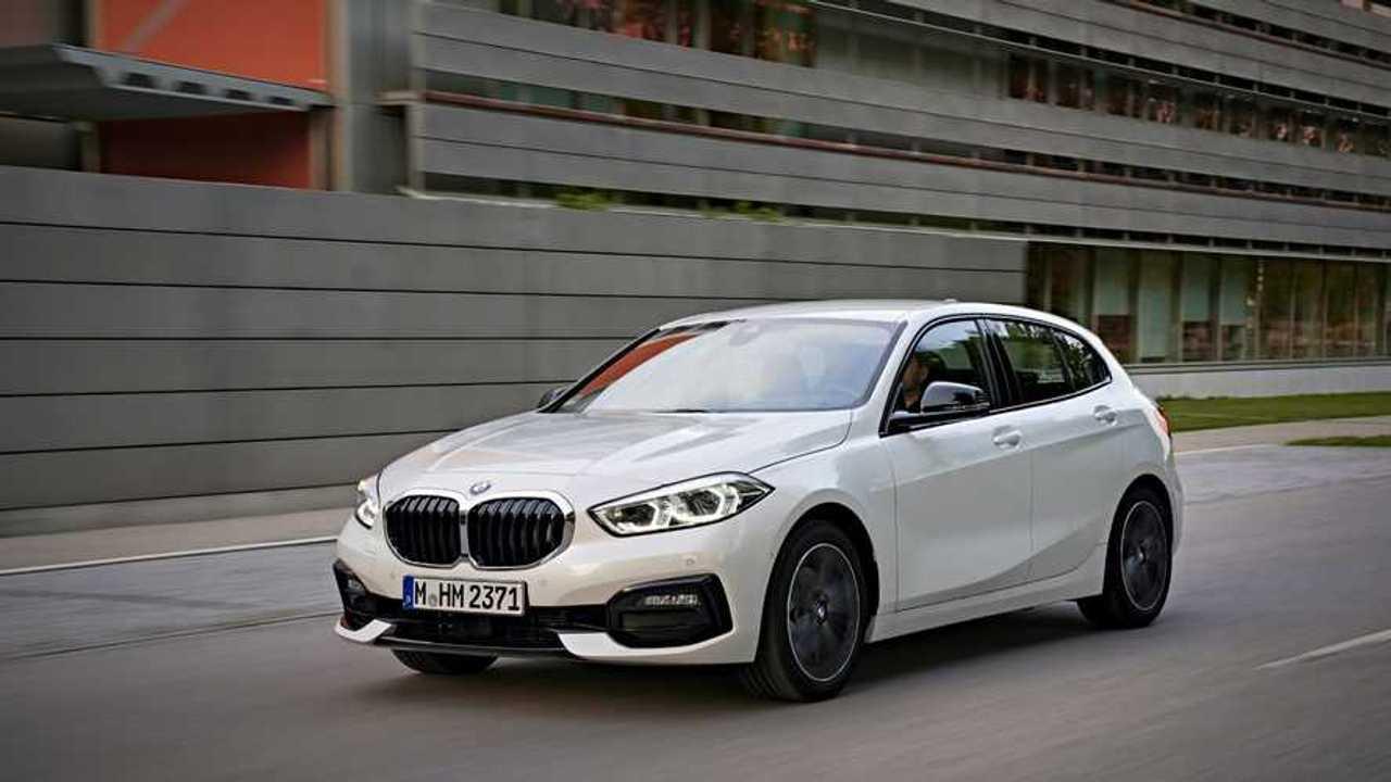 F40 jenerasyonuna ait beyaz renkli bir BMW 1 Serisi.