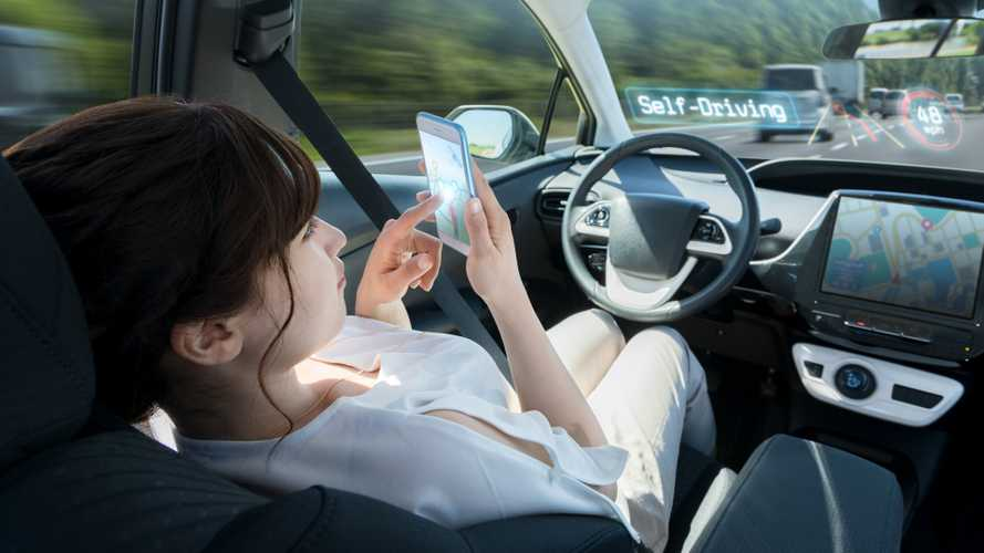 Two-fifths of UK adults 'scared' of driverless cars