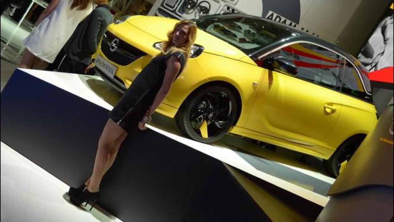 [Copertina] - Motor Show 2012: Opel Adam, defilé emiliano