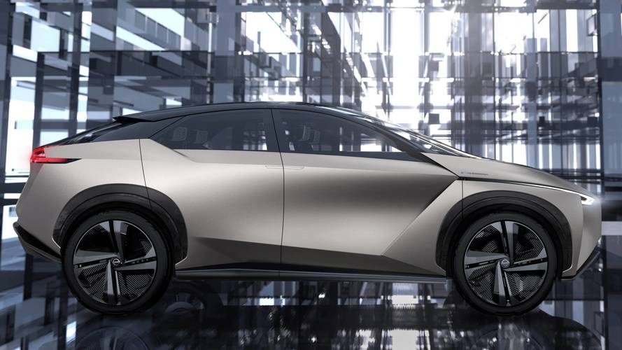 """Nissan punta sulla """"Leaf a ruote alte"""" per vendere 1 milione di elettriche"""