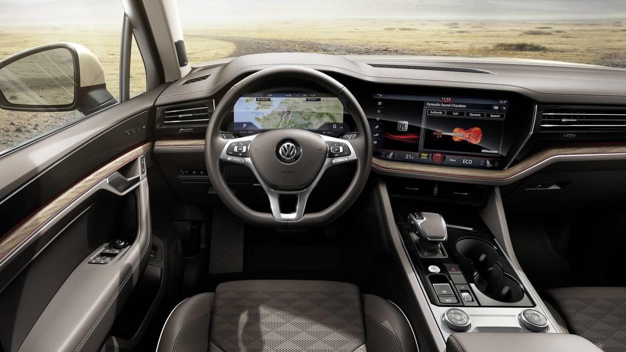 2019 VW Touareg - Dynaudio sound system