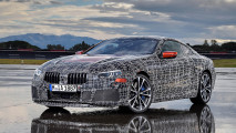 Video: BMW 8er im Highspeed-Trainingslager