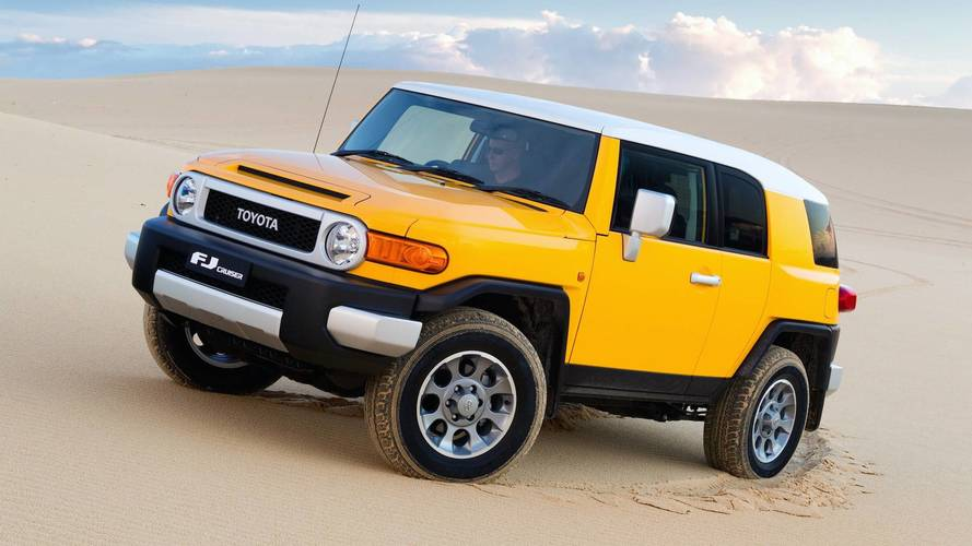 10 Discontinued SUVs That Just Didn't Make The Cut