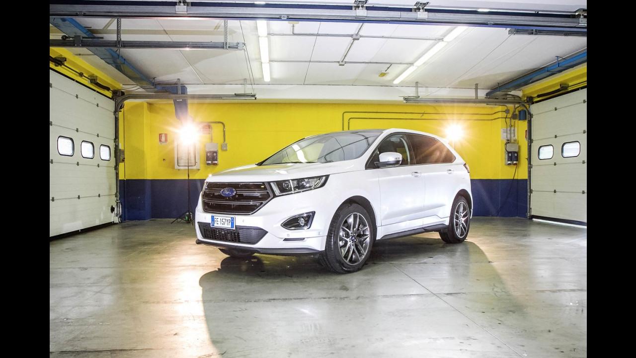 Garage Ford Edge 001