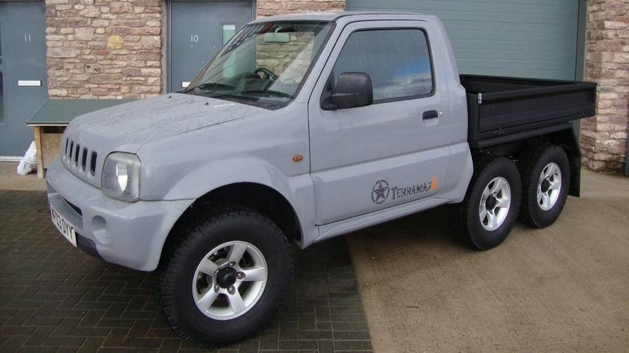 Un Suzuki Jimny transformé en pick-up à six roues