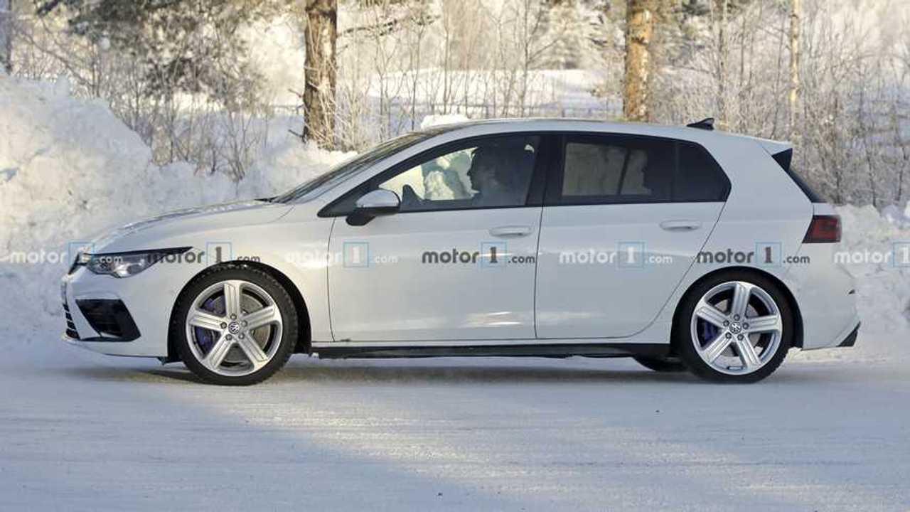 2021 VW Golf R Spy Photo
