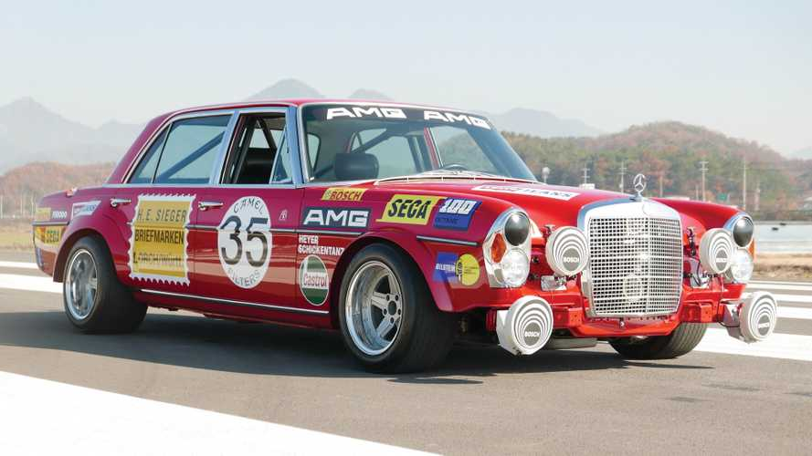 Mercedes 300 SEL 'Red Pig' replika