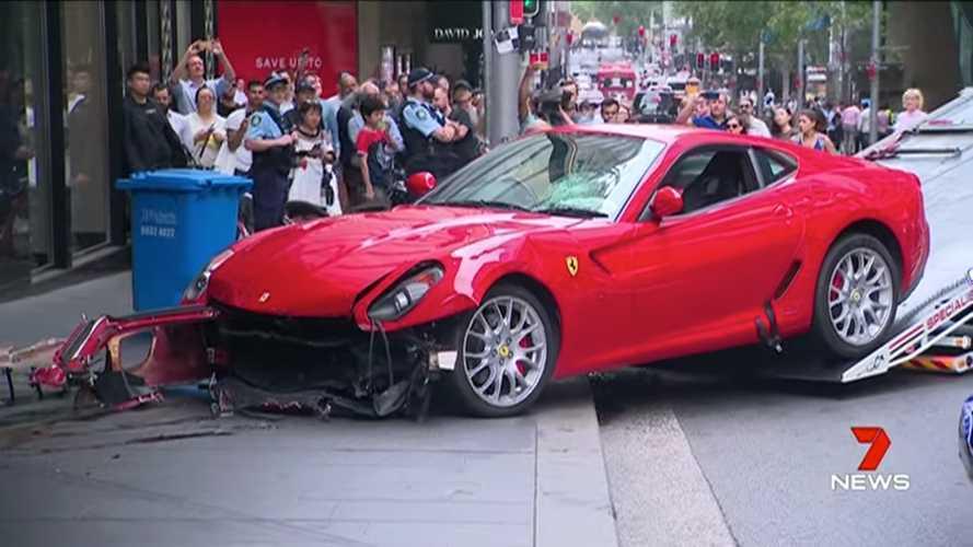 Videó: Ittasan hajtott egy üzlet falának Ferrarijával egy sofőr Ausztráliában