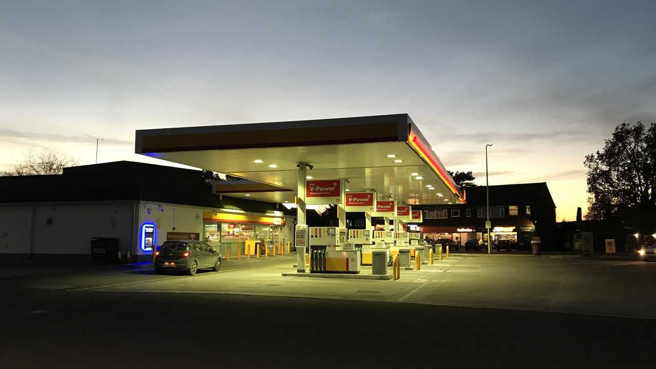 Shell petrol station on Arborfield Road in Reading UK