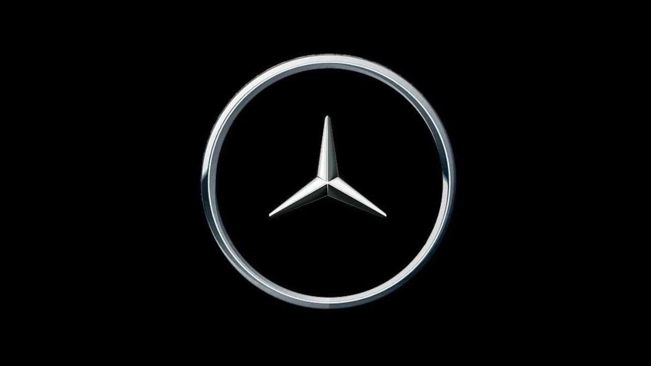 Mercedes-Benz social distancing logo