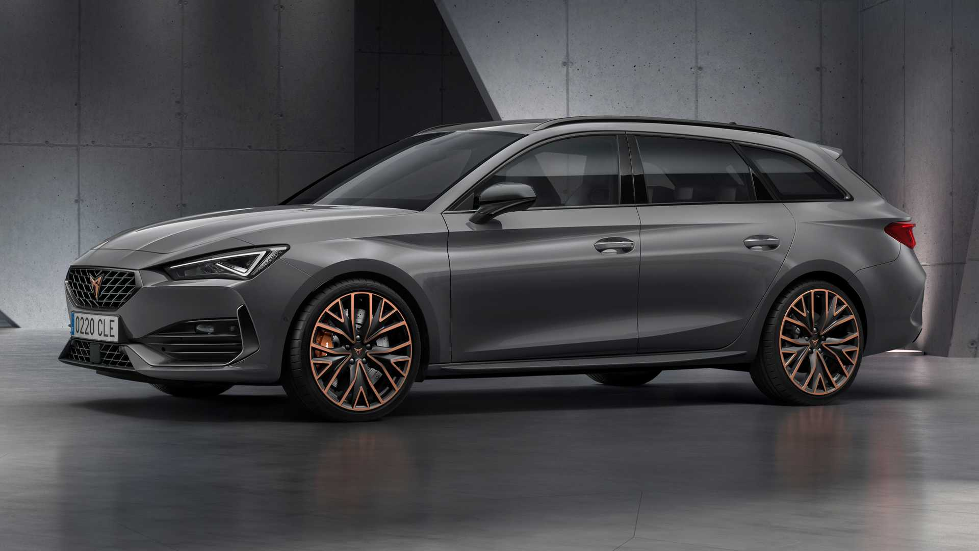 2021 Cupra Leon revealed with 306-bhp AWD estate, PHEV, no ...