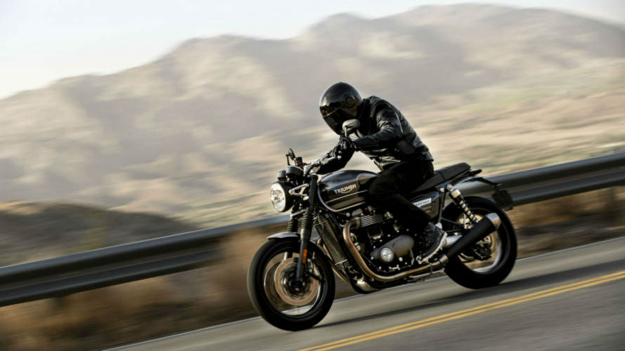 Triumph, la nuova Speed Twin in azione [VIDEO]