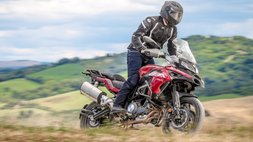 Benelli TRK 502 X - TEST [VIDEO]