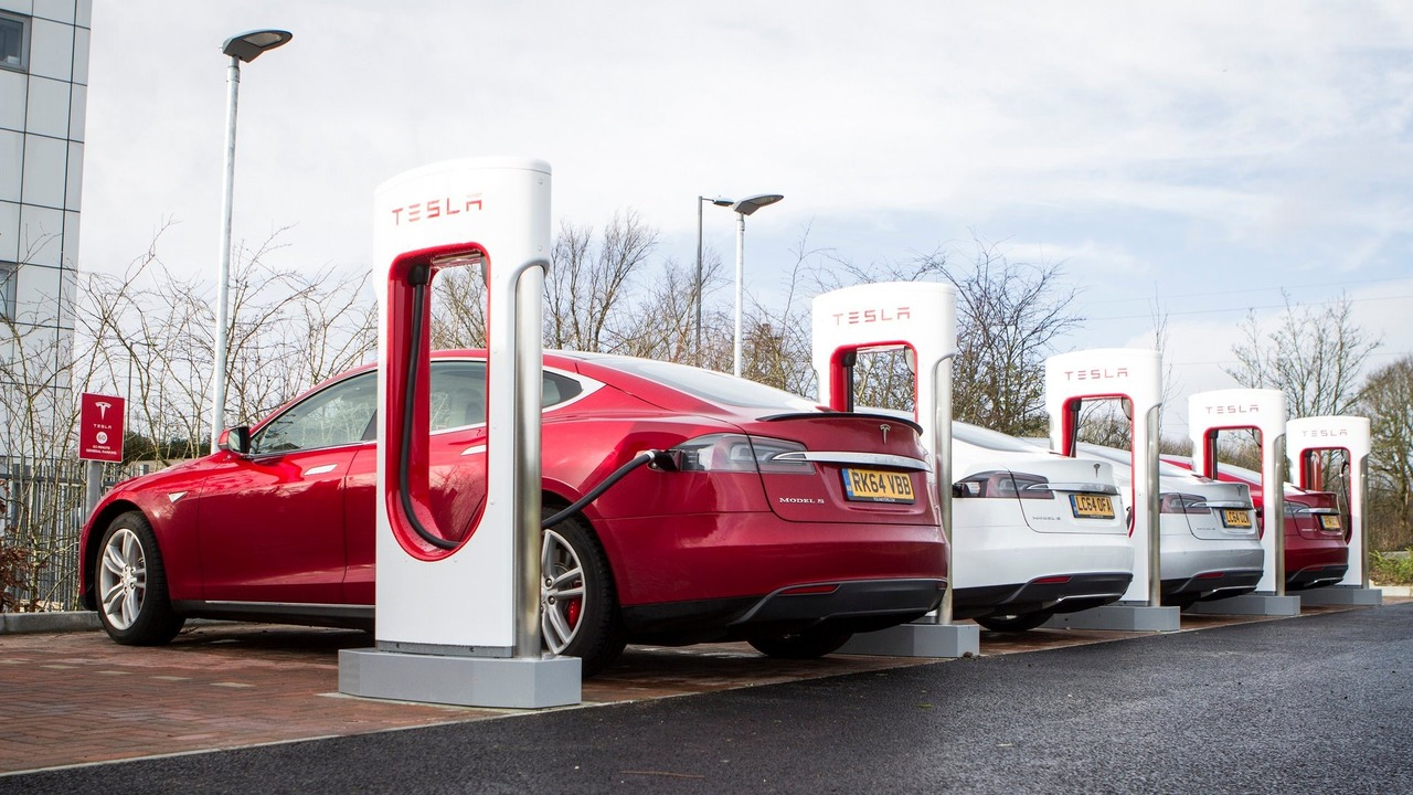 Tesla UK Supercharger station
