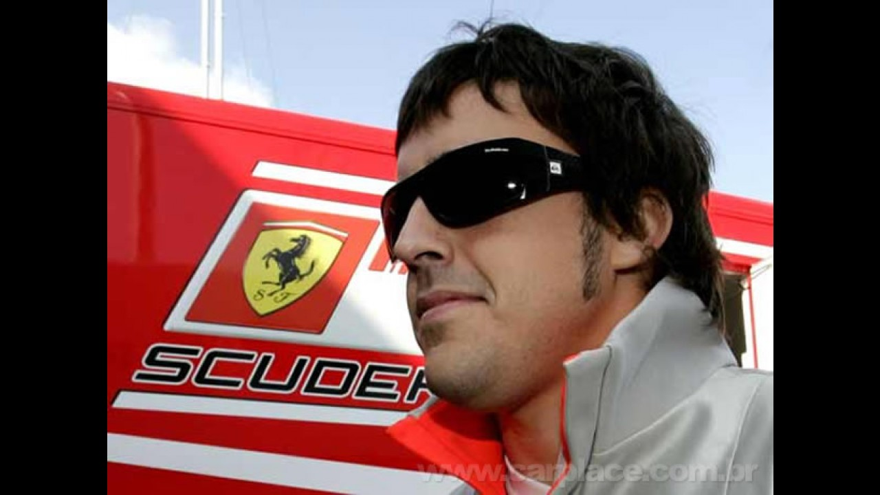Imprensa espanhola diz que Fernando Alonso já fechou contrato com a Ferrari por 6 anos
