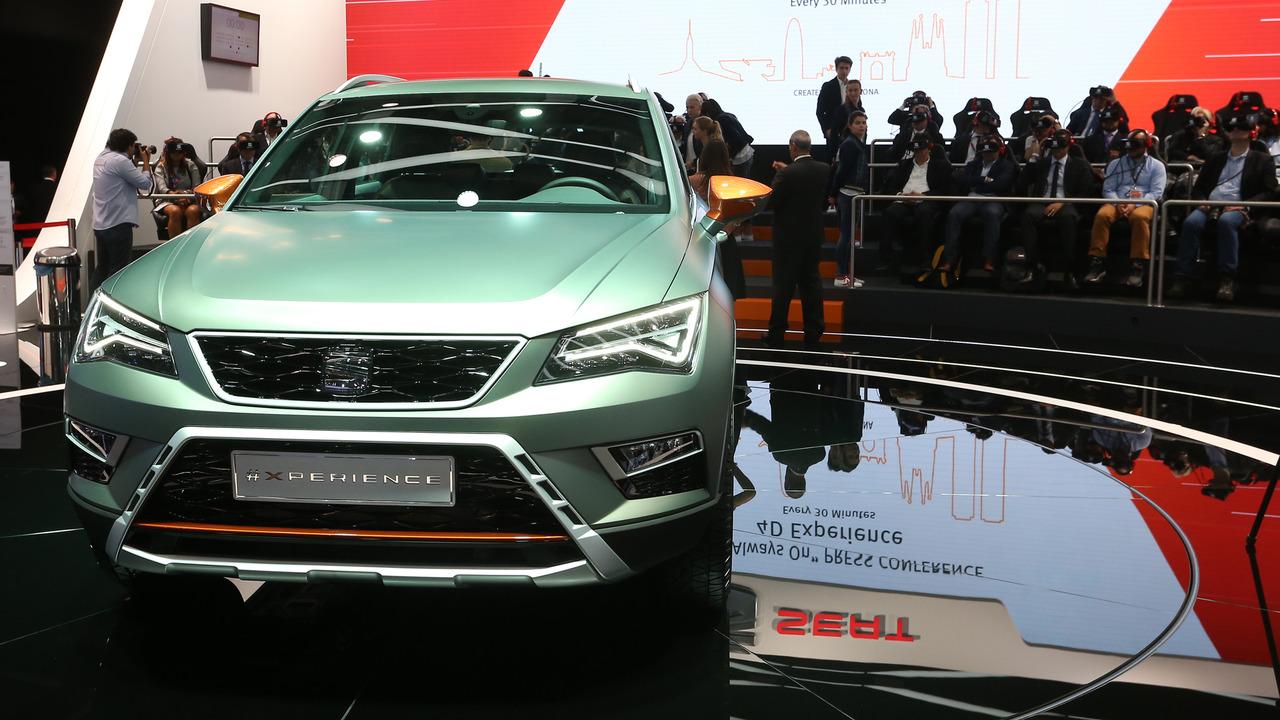 2016 Seat Ateca Paris Motor Show