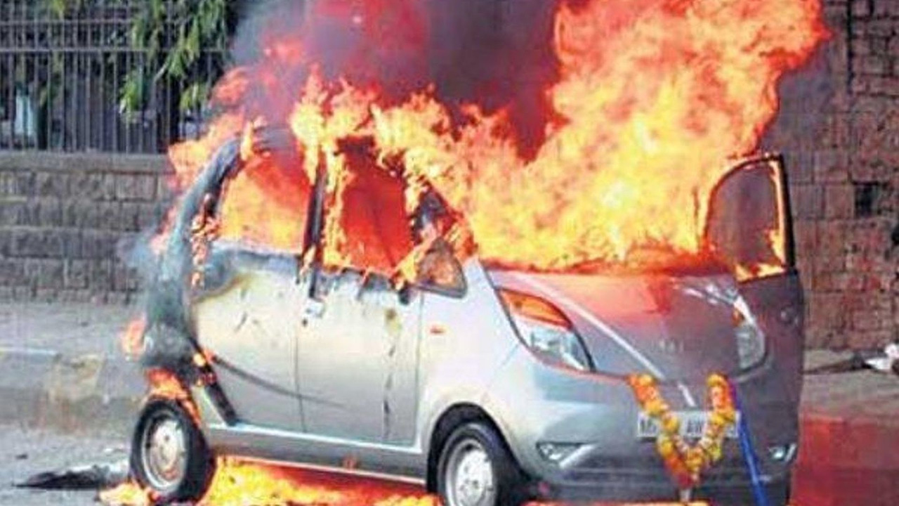 New Tata Nano spontaneously combusts - 600 - 23.03.2010