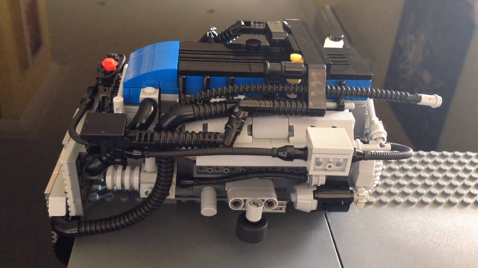 Ford Falcon Fan Builds Functional Lego 4 0-Liter I6 Turbo Engine