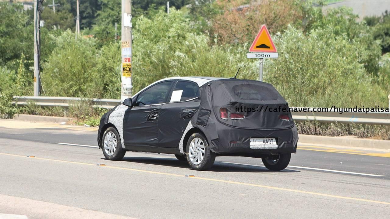 Flagra: Hatch compacto Hyundai (Novo HB20)