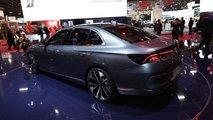 VinFast-Limousine Lux A2.0