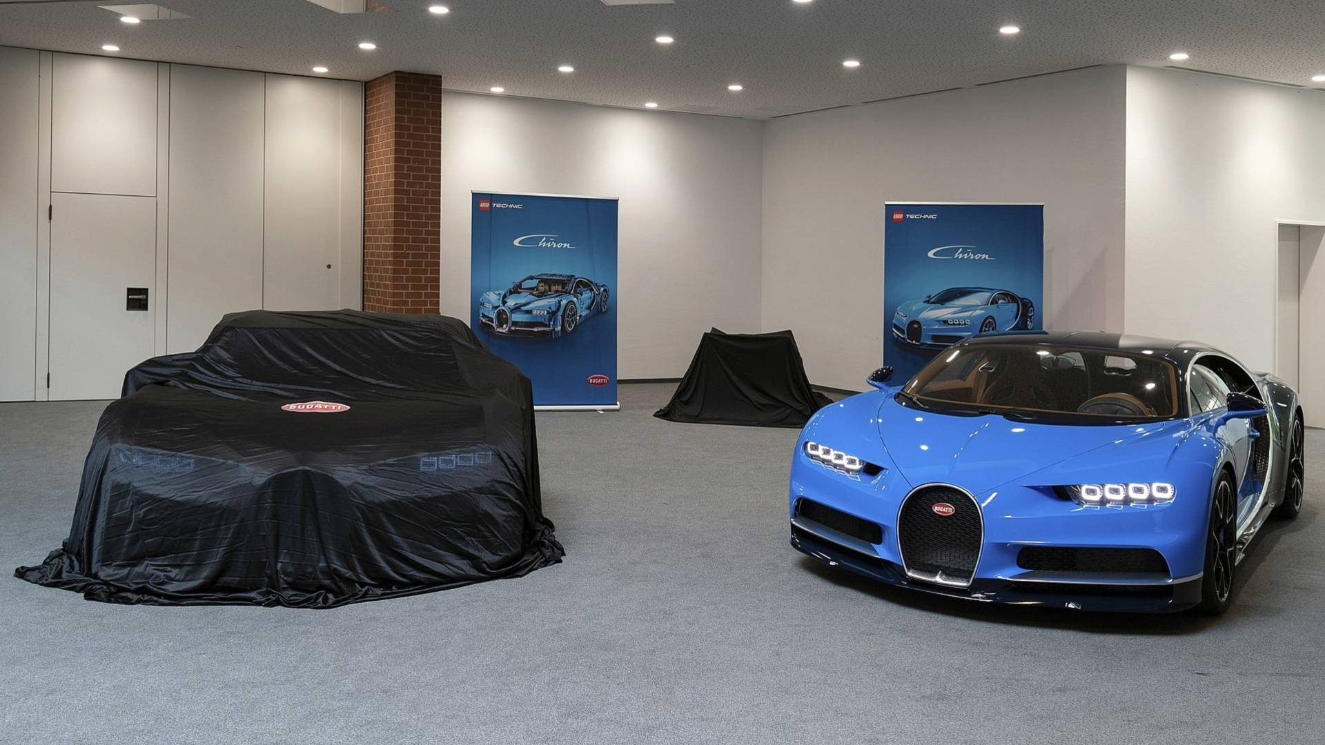 1 1 Bugatti Chiron Lego Detailed On Video Like A Real Car