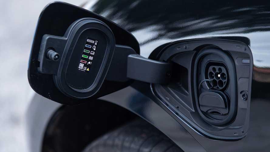 España suspende en puntos de carga para coches eléctricos