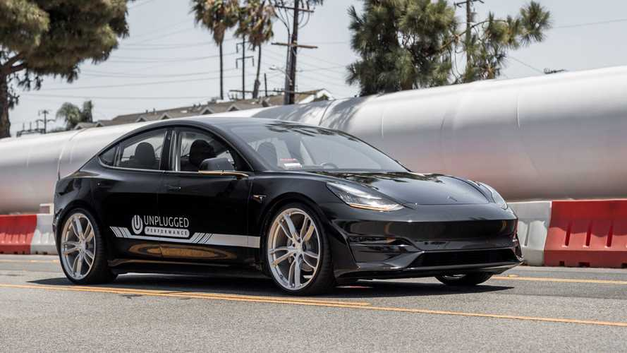 Top Gear Tests Unplugged Tesla Model 3