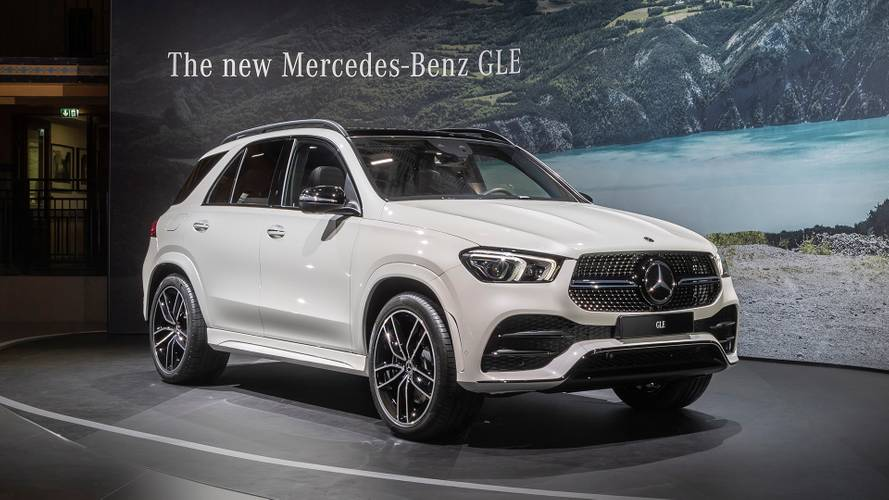 2020 Mercedes GLE makes public debut in Paris