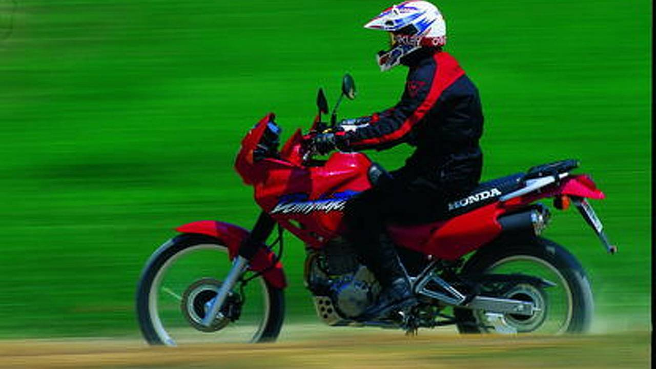 Honda to cut motorcycle prices by 10 years
