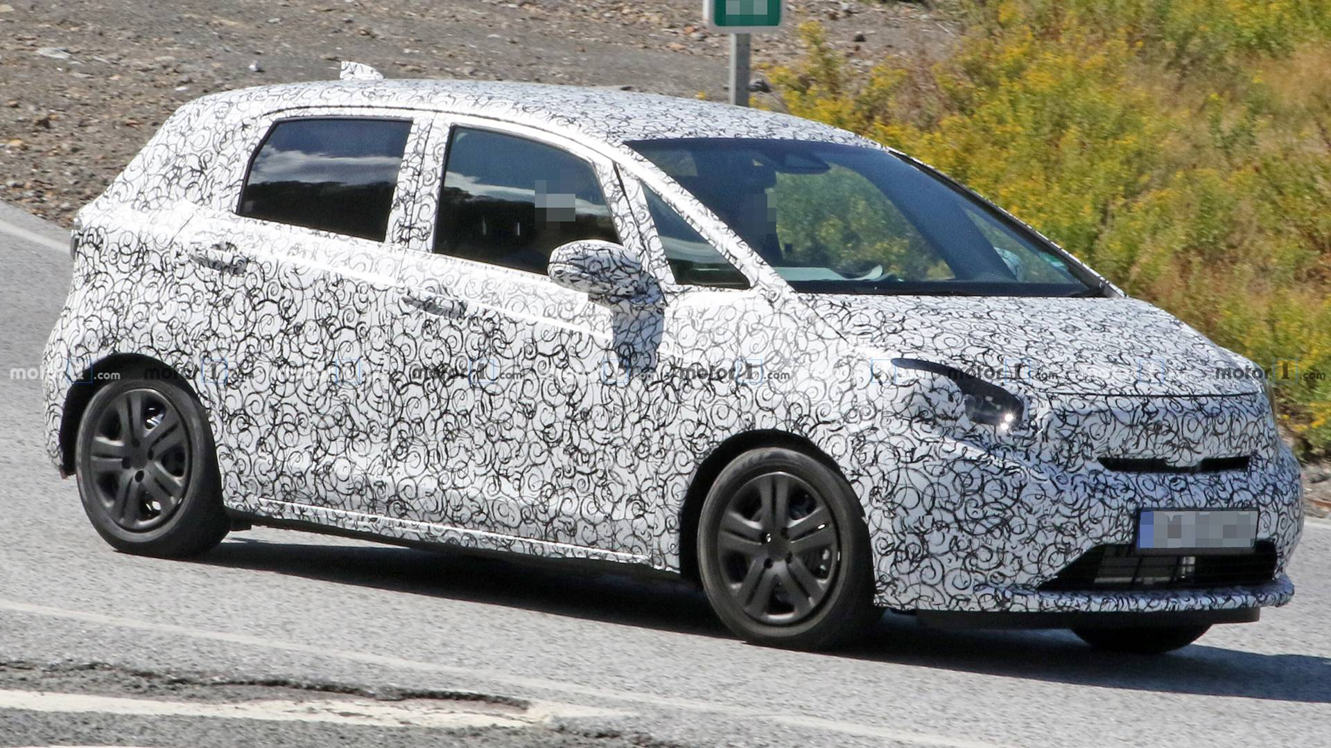 honda-fit-or-jazz-spy-shots.jpg
