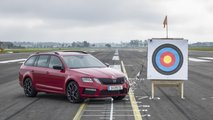 Skoda catch the arrow